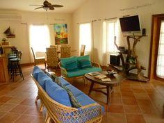 Living room of Water Caye Villa