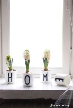 Flowers in Design Letters cups: http://divaaniblogit.fi/charandthecity/2013/12/25/design-letters-mukit-hyasinteille/