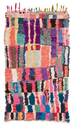 Carpet gallery with focus on vintage Moroccan Berber rugs such as Beni Ouarain / Ourain, Azilal, Ourika, boucherouite / boucharouette rugs. Tapis Design, Morrocan Rug, Deco Originale, Amber Interiors, Textiles, Weaving Projects, Berber Rug, Persian Carpet, Rug Hooking