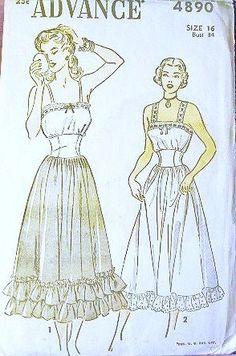 Advance Sewing Pattern 4890, 1948 ✓
