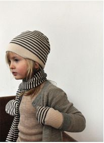 Striped, knitted cap, scarf and mittens - FUB   -  dark tower   --      http://www.amazon.com/gp/product/B009SRWG9E?ie=UTF8=A1JZHG9III7SDE=GANDALF%20THE%20GRAYZZ%20BOOKSTORE               --------------
