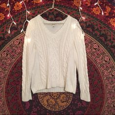 Vintage White knit oversized sweater Very soft and high-quality knit. Off-white color. V-neck and good for girls size small to medium for an oversized look. Not Brandy Melville Brandy Melville Sweaters V-Necks