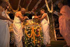 Krishna Janmastami 2014 at the Hare Krishna Baltimore temple (Album 179 photos)