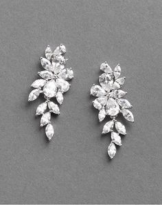 (CommissionsEarned) Delicate chain danglers are perfect for brides who want prolonged earrings which might be still tasteful for the ceremony. These barely-there pull-via jewels are dainty and romantic, especially subsequent to floaty dresses and a swept up hairdo. Ahead, feast your eyes on 21 beautiful ear baubles that'll elevate your bridal look, swimsuit on your budget and magnificence. We promise you'll put on them past the ceremony and cherish them forever. Gold Bridal Jewellery Sets, Wedding Jewelry Sets, Wedding Earrings, Bridal Accessories, Silver Jewelry, Fine Jewelry, Accesorios Casual, Swarovski Pearls, Bridesmaid Jewelry