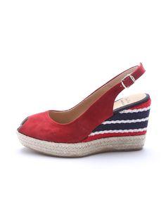 これからの季節にぴったりなサンダル♥♥♥履きこむほどに足になじんでいきます #sizebook #efde #ToniPons #トニーポンズ #エスパドリーユ