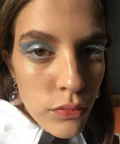 "123 Likes, 2 Comments - Marina Eskenazi (@marinaeskenazi_) on Instagram: ""#bts #back @lapompayira #makeup @marinaeskenazi_ @jc_agency #yellow #blueeyes #blue #makeupart…"""