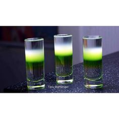 Blind Melon Shots - For more delicious recipes and drinks, visit us here: www.tipsybartender.com