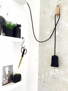 Make lamps yourself - 25 inspiring crafting ideas- Lampen selber machen – 25 inspirierende Bastelideen modern wall lamp simple lamp build yourself - Diy Wall, Lamp, Lamp Design, Diy Lamp, Wall Lamp Design, Diy Inspiration, Interior Design Diy, Modern Wall Lamp, Simple Lamp