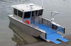Munson Aluminum Boats – Custom welded aluminum boats, landing craft, workboats, … – Now YOU Can Build Your Dream Boat With Over 500 Boat Plans! Small Fishing Boats, Small Boats, Extreme Boats, Boat Safety Equipment, Pontoon Houseboat, Landing Craft, Cool Boats, Aluminum Boat, Boat Stuff