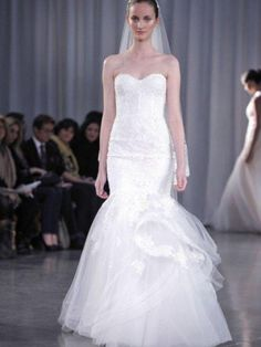 Monique Lhuillier Sonnet Size 0 Wedding Dress – OnceWed.com