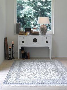 Nain carpet, Pfister