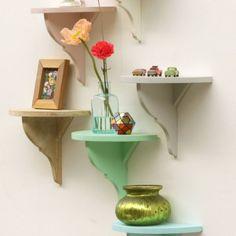 Een paar gezellige plankjes van Timzo Wood maken een leeg plekje in de kamer meteen gezellig!