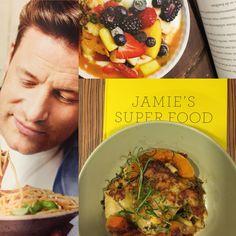 Jamie. Je hebt het verdorie weer gedaan. Je hebt weer een verdomd goed boek geschreven. Dat ik fan ben, wisten jullie al lang maar na het lezen van zijn laatste boek 'Jamie's Super Food' ligt hij n...