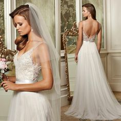 2015 Fashion Beach Wedding Dresses Sheer Straps V Neck Lace Appliques Bodice Low Back Tulle Skirt Summer Wedding Gowns Bridal Dresses Cheap Online with $123.46/Piece on Seewedding's Store | DHgate.com