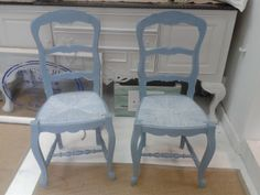 Two lovely French Farmhouse Chairs painted in Autentico Clear Clouds, lighted distressed back for a peak at Autentico Ice Cream, rush seats painted in Clear Clouds and lightly waxed with White Chalk Wax for a really unique and fresh look. Why not sign up for one of our classes and learn how - we can also paint commissions. www.craftynest.co.uk View our blog for the before, during and after http://www.craftynest.co.uk/alicias-blog