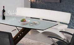 Combinessa - Die Qualitätsanforderungen für Glas bezüglich Biegezugfestigkeit, Lichtdurchlässigkeit, Oberflächengüte und Glasfarbe sind in DIN- und Euro-Norm-Vorschriften festgehalten.
