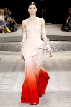 @Molly Gooch, this dress reminds me of the one that Ginger Rogers wears when they dance the continental.