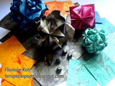 Terapia do Papel: Origami e papel marmorizado  Kusudamas Bulcão e variações: criação de Flaviane Koti