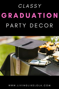 The best graduation party ideas for GIRLS! Quarantine graduation party ideas for high schoolers and College grads. How to make graduation party special! Graduation Party Themes, College Graduation Parties, Kindergarten Graduation, Grad Parties, Graduation Gifts, College Couples, College Roommate, College Tips, College Organization