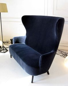 Wingback sofa/English Gentleman's chair