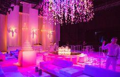 crazy white party , rockhal , crazy horses.Lamparas de cristal en alquiler para eventos. www.showlight.es