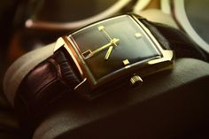 Love these vintage watches, especially this Caravelle