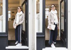 Alerta de tendência calça com listra lateral. É a moda esportiva que veio para atender a necessidade do conforto sem abrir mão de um look moderno.