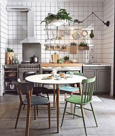[Interior] Mini apartamento escandinavo a todo color Apartment Interior Design, Interior Design Kitchen, Interior Paint, Interior Ideas, Scandinavian Kitchen, Scandinavian Style, Scandinavian Interiors, Scandi Style, Nordic Style