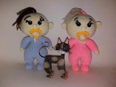 Bebés con chupetes