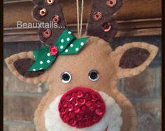 Handmade Felt Santa Ornament / Gift Tag por BEAUXTAILS en Etsy