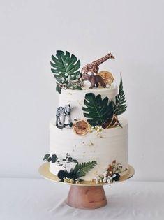Safari Birthday Cakes, 2nd Birthday Party For Girl, Jungle Theme Birthday, Safari Cakes, Safari Birthday Party, Jungle Safari Cake, Jungle Theme Cakes, Safari Theme, Third Birthday
