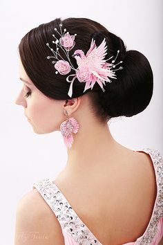 "Wedding decorations handmade.  Fair Masters - handmade Comb ""Singing Birdie.""  Wedding Collection .. Handmade."