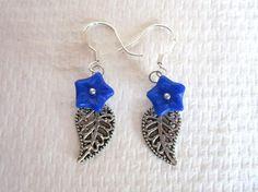 Navy Blue Czech Glass Star Flower and Filigree Leaf Silver Tone Earrings $5