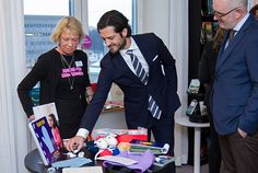 Prince Carl Philip of Sweden visits Authority for Available Media – Royal Central Prinz Carl Philip, Sweden, Author, Royal Families, Royalty, Sofia The First Characters, Reign, Royal House