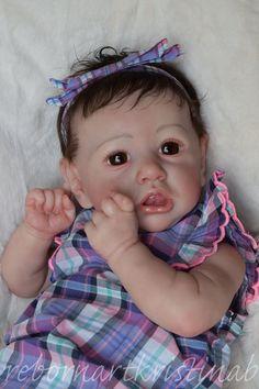 Adorable Reborn Baby Girl 'Saskia' by Bonnie Brown