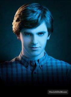 A gallery of Bates Motel publicity stills and other photos. Featuring Freddie Highmore, Vera Farmiga, Max Thieriot, Olivia Cooke and others. Bates Motel Tv Show, Bates Motel Season 4, Norman Bates, Freddie Highmore Bates Motel, Bates Hotel, Beau Garrett, Mary Lambert, Pet Sematary, Movie Shots