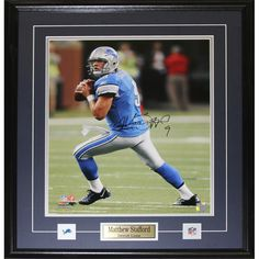 Midway Detroit Lions Matthew Stafford Signed 16-inch x 20-inch Framed Wall Plaque