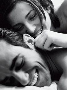 É proibido não rir dos problemas   Não lutar pelo o que se quer   Abandonar tudo por medo   Não transformar sonhos em realidade   Ter medo da vida e de seus compromissos   Não viver cada dia como se fosse o último     Pablo Neruda