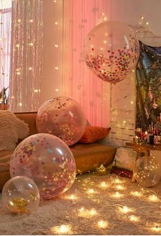 """Grownup """"Under the Sea"""" themed party, just add mermaids... Glitter Ballons, Rose Gold Balloons, Wedding Balloons, Birthday Balloons, Clear Balloons, 18th Birthday Party, Birthday Party Themes, Birthday Ideas, 30th Party"""