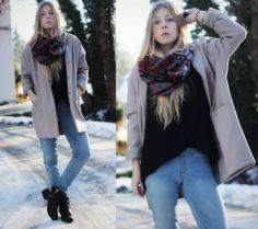 Coat: Primark, Sweater: Vero Moda, Pants: Zara, Boots: H&M