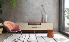 Poltrona Leque, Rack Torii, Tora e Tapete Bloom | Fernando Jaeger Atelier #fernandojaeger #fernandojaegerdesign