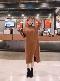Calmest Dreams Knit Dress - I know you wanna kiss me. Thank you for visiting CHUU. Korean Girl Fashion, Ulzzang Fashion, Korea Fashion, Fashion 2020, Short Hair Outfits, Kpop Outfits, Korean Outfits, Fashion Outfits, Womens Fashion