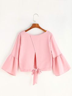 Pink Bell Sleeve Bow Tie Overlap Back Blouse Classy Outfits, Chic Outfits, Pretty Outfits, Fashion Pants, Hijab Fashion, Girl Fashion, Blouse Styles, Blouse Designs, African Fashion