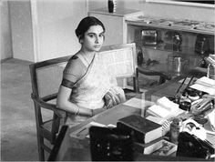 The Big City: Mahanagar (Ray, Madhabi Mukherjee's performance in this is one of the best in movies. India Express, Satyajit Ray, Ray Film, Great Films, Awkward, Movie Tv, Tv Series, In This Moment, Actors