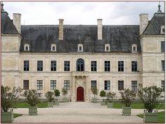 Château d'Ancy-le-Franc, Yonne, Bourgogne,  http://pt.wikipedia.org/wiki/Castelo_d'Ancy-le-Franc