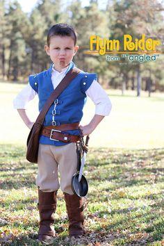 Homemade Halloween Costumes.....Flynn Rider from Tangled #DIY www.makeit-loveit.com