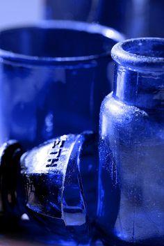 Cobalt Glass by Ginny Griffin Azul Indigo, Bleu Indigo, Cobalt Glass, Cobalt Blue, Cerulean, Blue Dream, Azul Anil, Le Grand Bleu, Himmelblau
