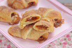 Bubblin' Cookie Butter Marshmallow Crescents   TheBestDessertRecipes.com
