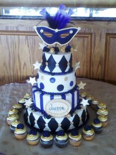 Sweet Sixteen Masquerade Party Favors | Pin Masquerade 18 Cake — La Quinceanera Cake on Pinterest
