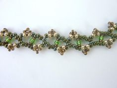 Elegant lacy chain, made with 11/0 and 15/0's #Seed #Bead #Tutorials
